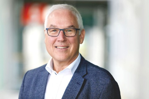 Dr. Andreas Rummelt
