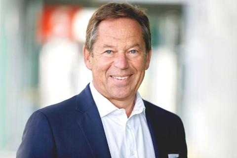 Dr. Wolfgang Schwandner